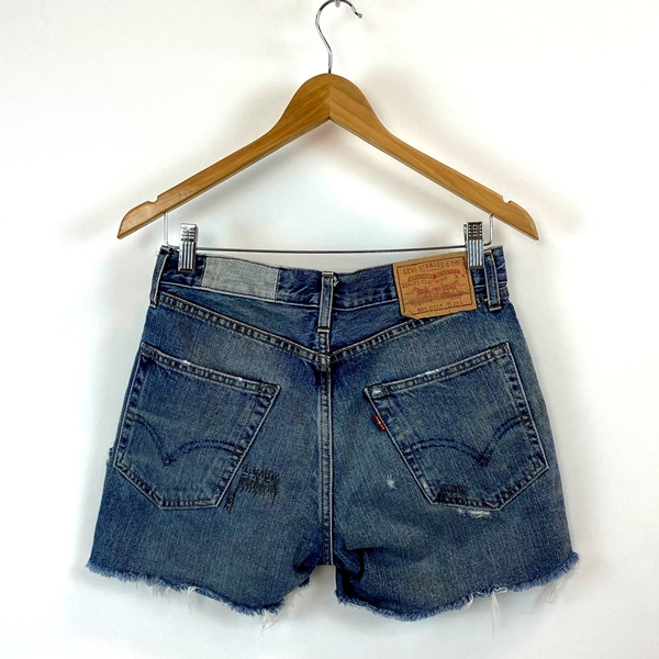 Levi Straus denim cut off shorts